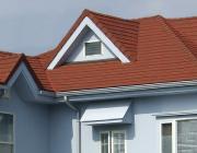 自然石粒仕上げ屋根材の家の写真