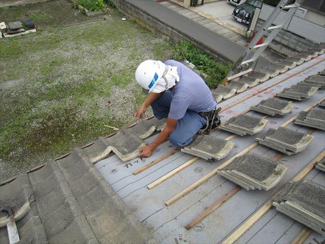 セメント瓦の平葺き