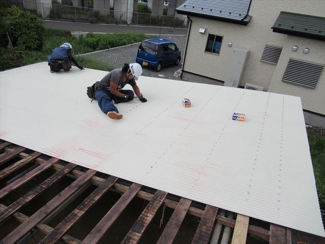 カラーガルバニウム鋼板0.35mm小波トタン屋根ふき中