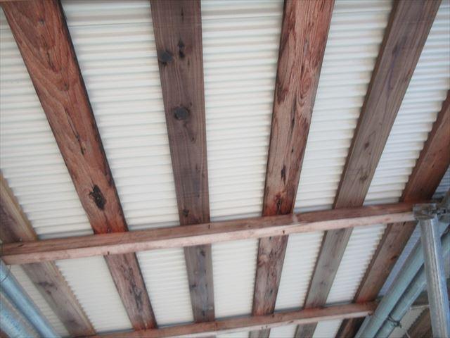 カラーガルバニウム鋼板0.35mm小波トタン屋根裏