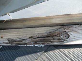 ヌキ板の腐食