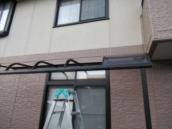 張り替え前のテラス屋根
